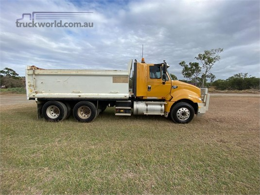 2010 Caterpillar CT630 - Trucks for Sale