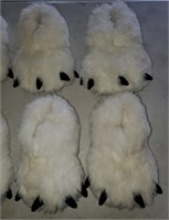 169 - SET OF 4 WHITE BEAR CLAW SLIPPERS