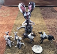 169 - WHIMSICAL GLASS MOMMA & BABY MOUSE W/HORSES