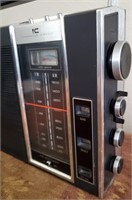 169 - PANASONIC FM/AM RADIO
