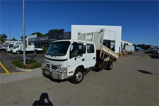 2009 Hino Dutro - Trucks for Sale