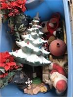 169 - LOT OF CHRISTMAS DECOR - SEE PICS