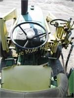 JD 1520 3cylinder tractor w/loader, gas,runs/works