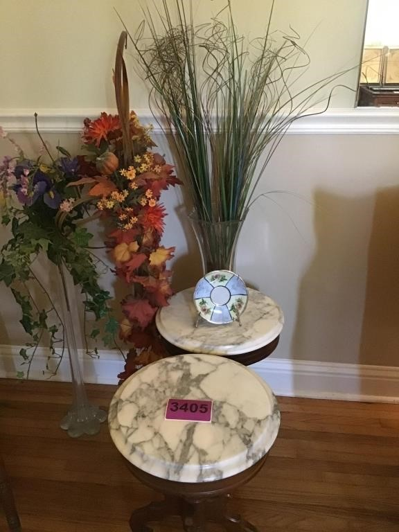 Pr Marble Top Tables 2 Tall Vases Mr Ed S Auction Company