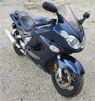 Lot 5001 - 2005 Kawasaki ZZR1200 Motorcycle