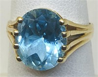 14KT YELLOW GOLD TOPAZ RING 3.80 GRS