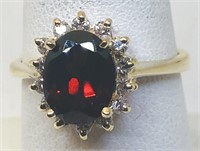 14KT YELLOW GOLD GARNET & DIAMOND RING 4.00 GRS