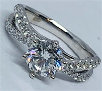 14KT WHITE GOLD 1.78CTS DIAMOND RING FEATURES