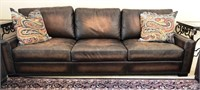 BEAUTIFUL LEATHER SOFA W/2 ARM CHAIRS & 2 OTTOMANS
