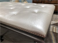 43 - CREAM TUFTED COFFEE TABLE/BENCH