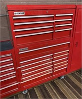 714 - US GENERAL RED WORKMAN'S TOOL CHEST