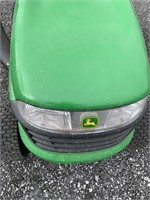 John Deere LA 105 Riding Mower w Bagger