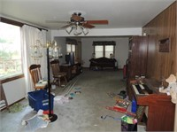 1.78 Acre Minnehaha Co Acreage w/ 4 BR Home