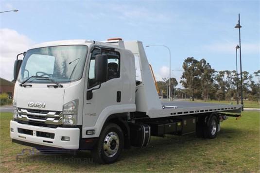 2019 Isuzu FSD - Trucks for Sale