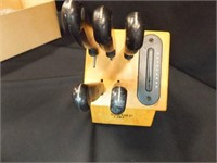 Pampered Chef Knife Block, 5 Knives