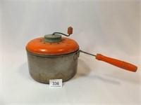 Stovetop Popcorn Maker, Wood Handles