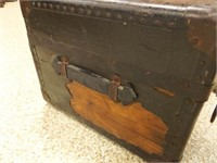 Wood Trunk - condition issues