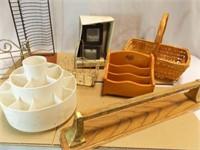Storage Holders, Baskets, Frames (8)