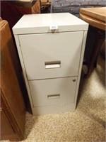 "2 Drawer File Cabinet, 29"" x 18"" x 15"""