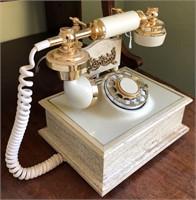 62 - VINTAGE TELEPHONE
