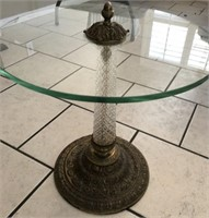 62 - VINTAGE CRYSTAL BASE ROUND GLASS TABLE