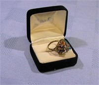8 K Gold Cocktail Ring with Gemstones