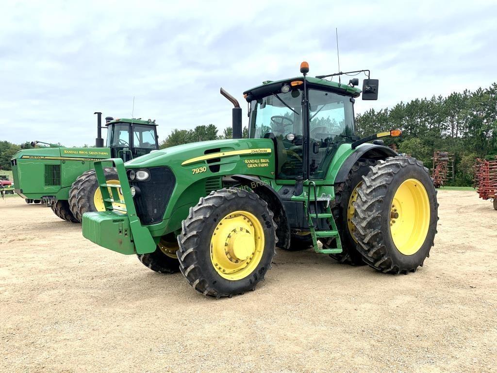 2008 John Deere 7930 Tractor