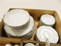 """Gold China; """"Baronet""""; 59 Pieces"""
