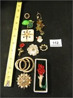 Brooches; Assorted; (12)