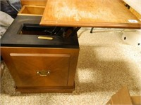 Wooden Side Table; Top Lifts
