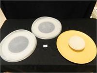 Tupperware Trays; (3); Vintage