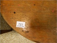 Oval Coffee Table; Solid Wood