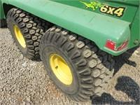 John Deere 6x4 Gator