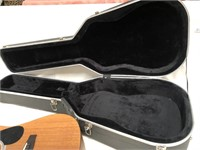 D - COUNTRYMAN ACOUSTIC GUITAR BY HOHNER W/CASE