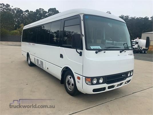2012 Mitsubishi Fuso ROSA - Trucks for Sale
