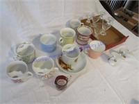 MOUSTACHE CUPS