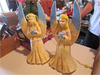 2 LIGHTED ANGELS
