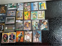 Assorted NHL, NFL, NBA, Nascar and MLB Cards