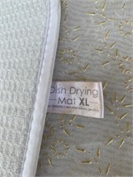 White blanket /XL Dish drying Mat/ Tapestry