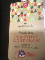 LUCY and SNOOPY with light &music Hallmark