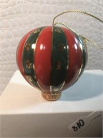 The Danbury mint 2007 annual yorkie ornament