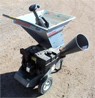 Elec Blower; Craftsman Chipper/Shredder, 8-hp gas eng.  NOTE: This item will be sold at live auction, however absentee bids can be placed if you are unable to attend the auction. More details, video & pictures can be viewed by clicking the catalog tab and view Lot #28.