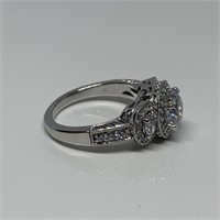 STERLING SILVER GORGEOUS BLINGY LG STONE RING