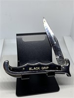 BLACK GRIP POCKET KNIFE