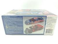 Dale Jarrett #88 1/24 Scale Model Kit
