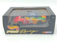 Hot Wheels Pro Racing Nascar #36