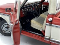 1972 Chevrolet Cheyenne Die Cast Replica