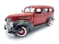 1946 Chevrolet Suburban Die Cast Replica