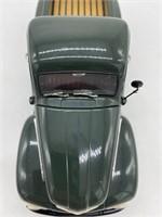 1951 Ford F-1 Pick-Up Die Cast Replica