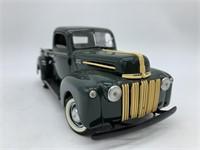 1942 Ford 1/2 ton Series 21C Die Cast Replica